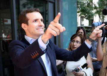 pablo casado anuncia candidatura liderar crítica feijóo