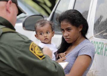 Una juez impide a Trump la detención indefinida de menores inmigrantes