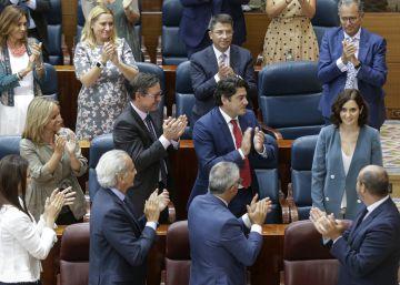 Díaz Ayuso lanza un programa con rebajas fiscales y guiños a Vox