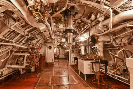 Visita al interior de un submarino el viajero el pa s for Interior submarino