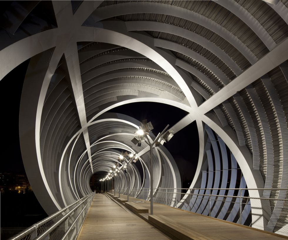 20 puentes flipantes 1371827683_296300_1371837256_album_normal