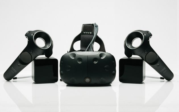 MWC 2016 HTC presenta unas gafas de realidad virtual caras pensadas para videojuegos