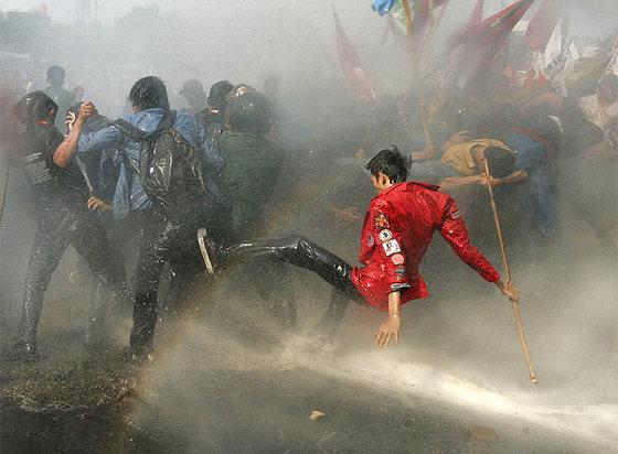Represión en Indonesia