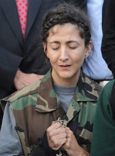 Ingrid Betancourt, un secuestro de seis años - Ingrid da gracias a Dios