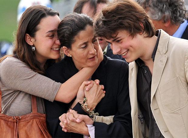 Betancourt se encuentra con sus hijos