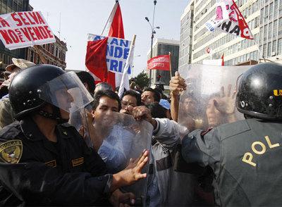 Las protestas de la selva llegan a las ciudades en Perú
