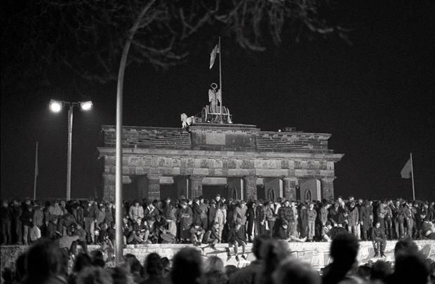 Derribando el muro  - La Puerta de Brandemburgo