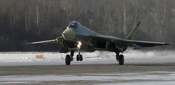 Industria militar Rusa - Página 5 Nuevo_caza_invisible_ruso