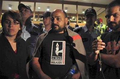 Espera de los activistas de la Flotilla de la libertad