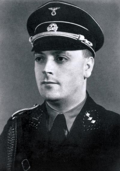 El teniente coronel de las SS Arthur Liebehenschel
