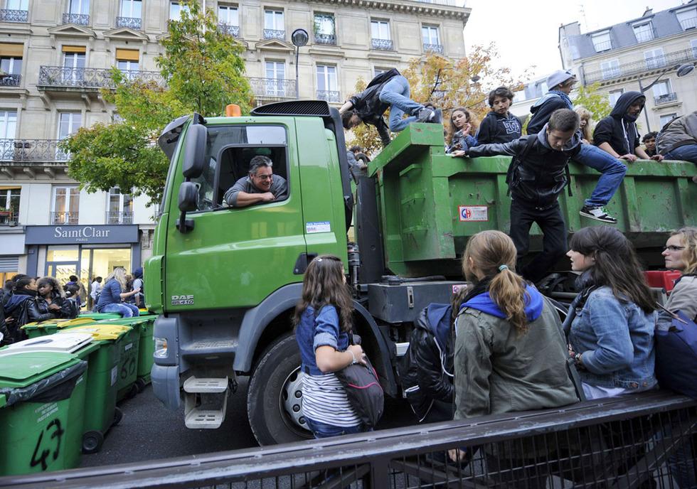 Las protestas de los estudiantes franceses - Trabajadores y estudiantes unidos