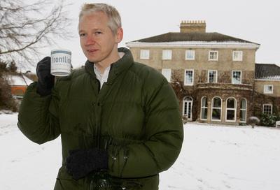 Julian Assange, en busca y captura