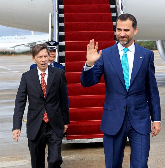 El príncipe Felipe representa a España en la toma de posesión de Dilma Rousseff
