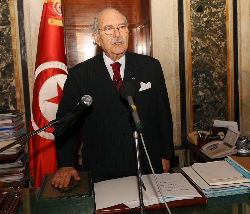 El fin del régimen de Ben Ali en Túnez  - Juramento del nuevo presidente interino
