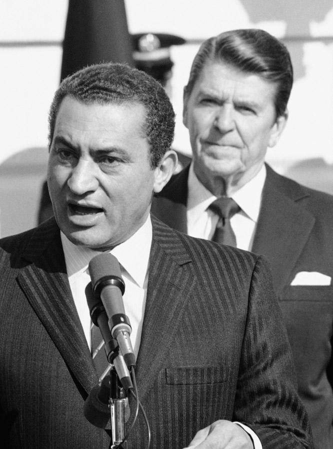 Las tres décadas de Mubarak en el poder  - Apoyo de EE UU