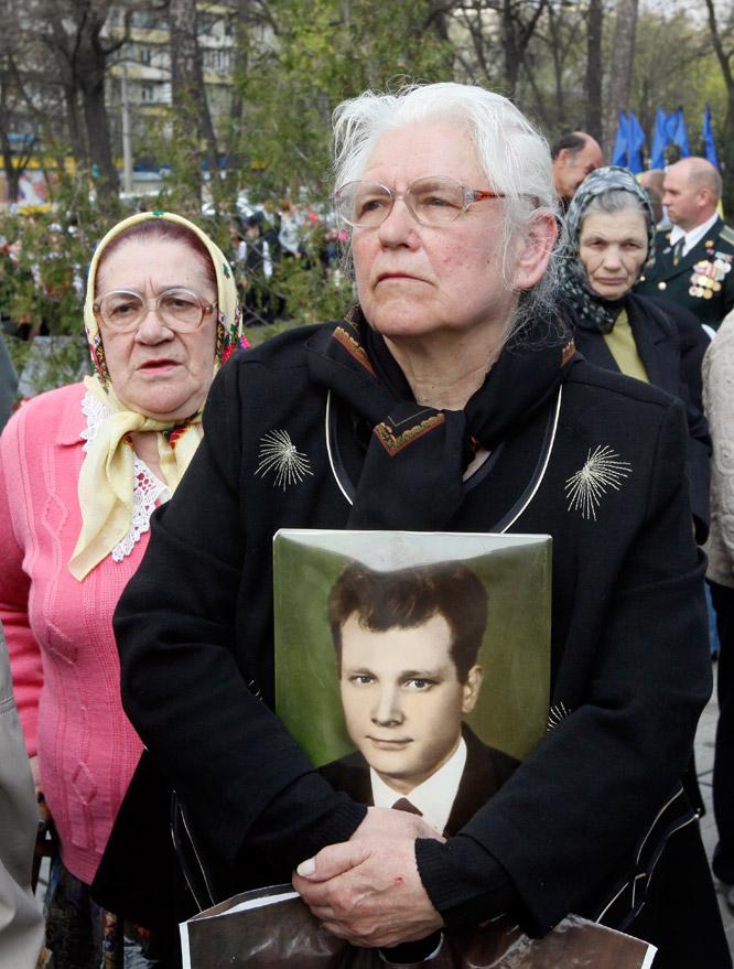 Chernóbil, 25 años de la peor tragedia nuclear de la historia  - Recuerdo de las víctimas