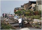Obama visita la zona de los tornados