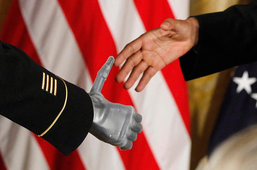 El presidente y el condecorado
