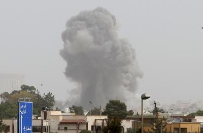 La OTAN intensifica su ofensiva sobre Trípoli