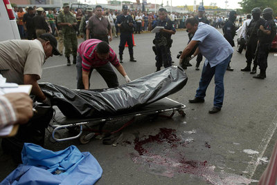 militares mexicanos seran juzgados tribunales civiles violen derechos humanos Los militares mexicanos serán juzgados por tribunales civiles cuando violen derechos humanos