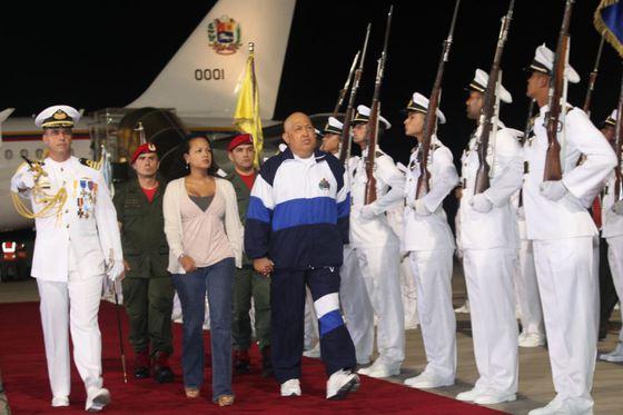 Chávez regresa de su cuarto ciclo de quimioterapia