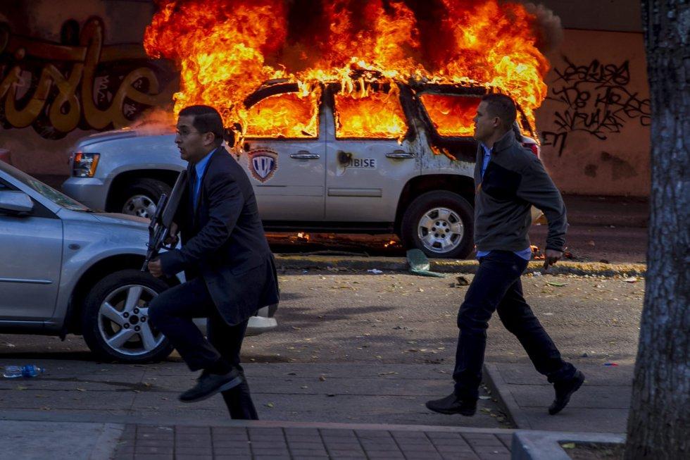 """""""Revolucion"""" au Venezuela ? 1392245581_702382_1392247841_album_normal"""