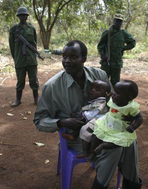 A la caza de Kony, señor de la guerra