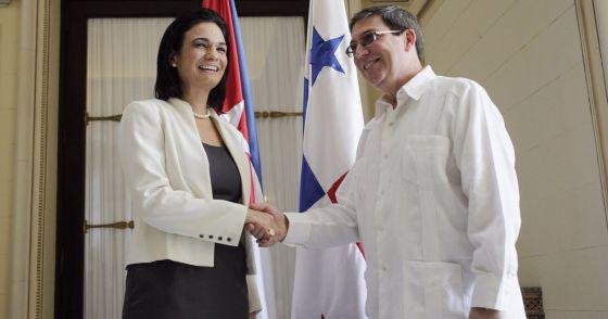 Panamá se propone integrar a Cuba en la Cumbre de las Américas 2015