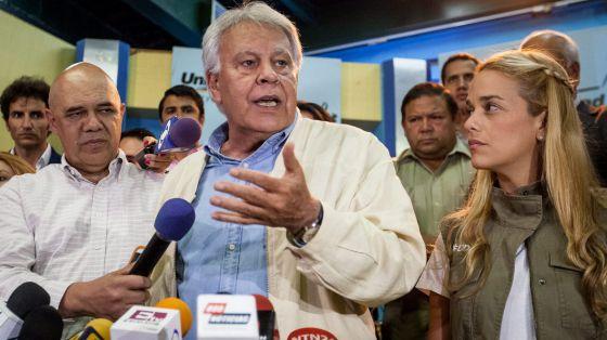 Resultado de imagen para FELIPE GONZÁLEZ EN VENEZUELA