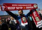 Decenas de opositores detenidos en el inicio de la legislatura turca