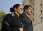 EE UU detiene por tráfico de drogas a dos familiares de Maduro