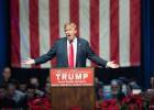 Trump redirige hacia Hillary Clinton su estrategia de insultos