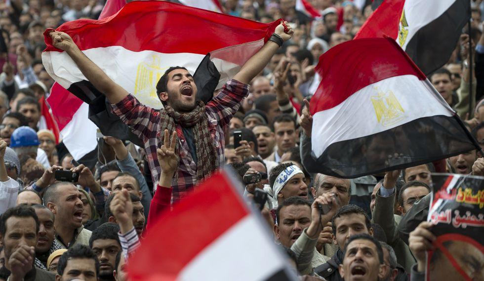 Plaza de Tahrir 2011, las voces de los manifestantes a los sones de la libertad.