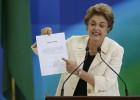 """El Supremo acusa a Rousseff de dar """"un salvoconducto"""" para Lula"""