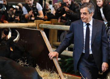 Los jueces convocan a Fillon para imputarle por los sueldos a su esposa