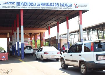 Más de 150.000 argentinos cruzan a Paraguay para comprar material escolar