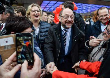 Merkel paraliza el ?efecto Schulz? en su primera prueba en las urnas