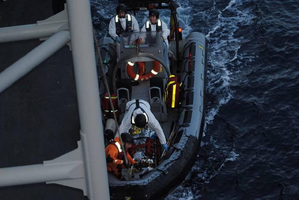 Desaparecidos unos 150 inmigrantes al naufragar su embarcación rumbo a Italia