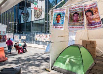 México aprueba una ley contra la desaparición de personas casi dos años y medio después del ?caso Ayotzinapa?