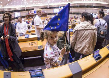 Europa atisba la remontada con Macron