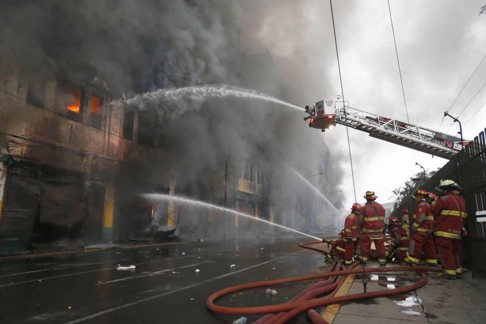 Un incendio en Lima revela un infierno de abusos y esclavitud