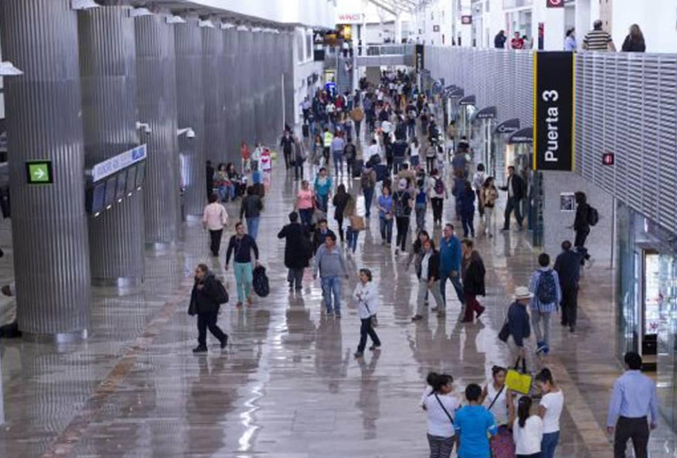 Los pasajeros podrán pedir una indemnización por retrasos de vuelos en México