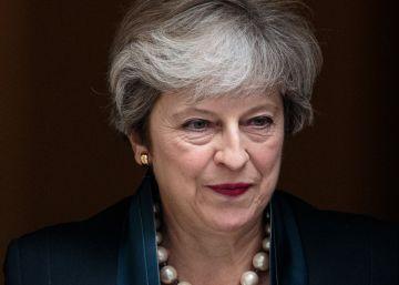 May saca adelante la ley que deroga el acta de adhesión de Reino Unido a la UE