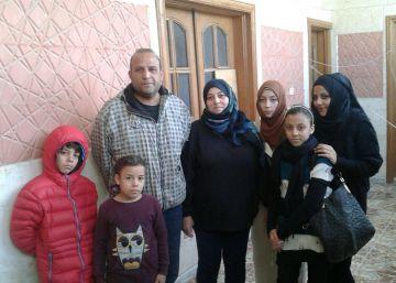 Por fin logra huir la última familia española que quedaba en Raqa
