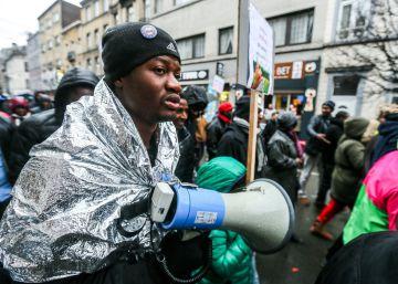 Asilo para Puigdemont; expulsión para los sudaneses