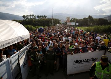 El drama del éxodo de Venezuela obliga a Colombia a reforzar la frontera
