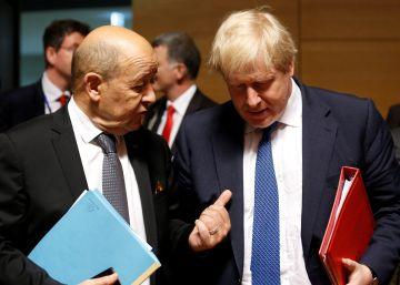 La UE evita dar un apoyo cerrado a los ataques contra el régimen sirio