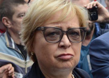 La presidenta del Supremo polaco desafía al Gobierno y acude a trabajar