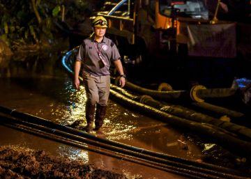 drenaje cueva prioritario rescate niños tailandia