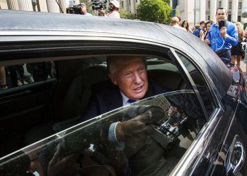 El exchófer de Trump le demanda para que le pague las horas extras